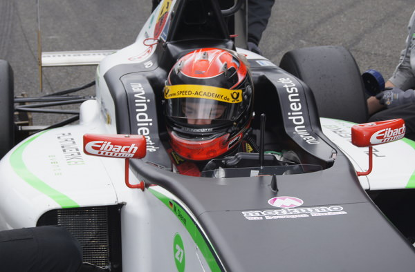 Samstag Adac Formel 4 Rennen 1 In Spa Us Racing